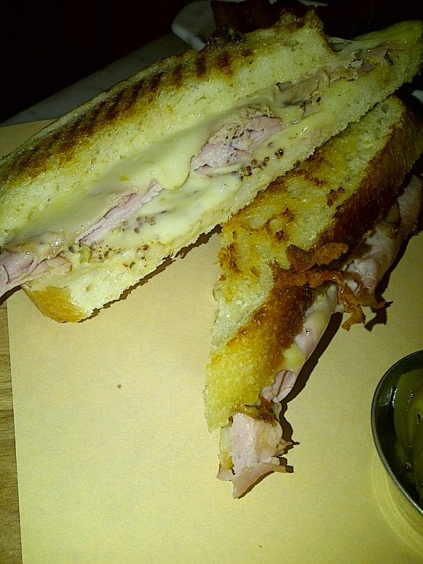 Cubano Sandwich $10