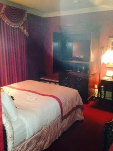 Room at the Prince of Wales